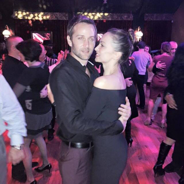 Karina Smirnoff Wedding.Karina Smirnoff Is Engaged To Jason Adelman Check Out Her