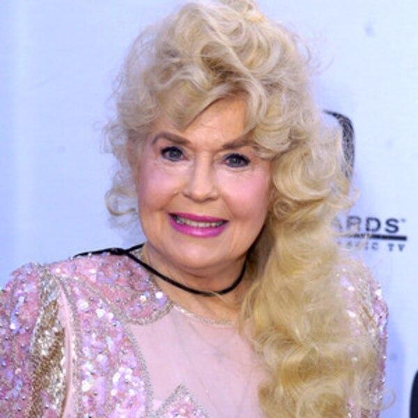 beverly hillbillies star donna douglas dies at 81 e news