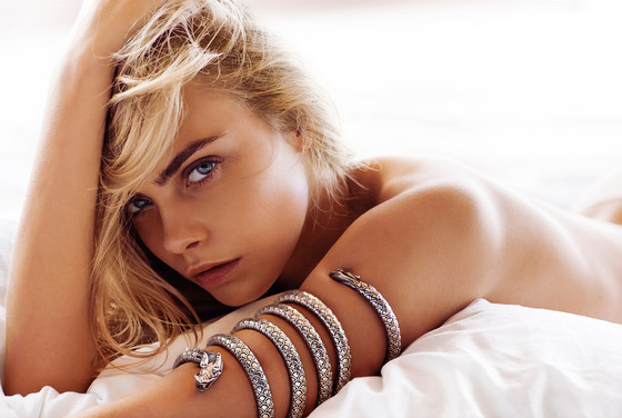 model nackt blond