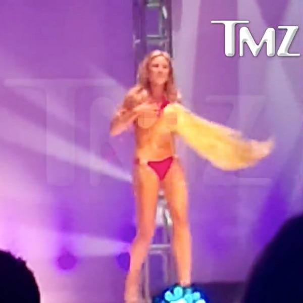 Miss Universe 2015 Miss USA Bikini Contest Wardrobe Malfunction