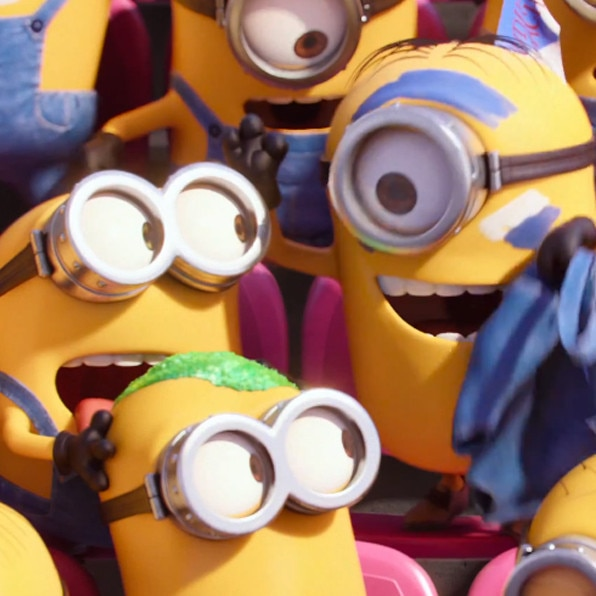 Minion Kissing Camera : Minions get naked in super bowl ad no really u watch the