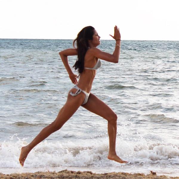 Check Out Padma Lakshmis Bikini Bottoms Her Friend -6350