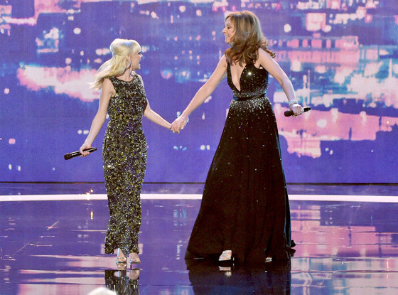 Anna Faris, Allison Janney, People's Choice Awards Show
