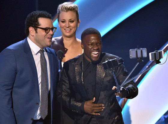 Josh Gad, Kaley Cuoco-Sweeting, Kevin Hart, People's Choice Awards Show