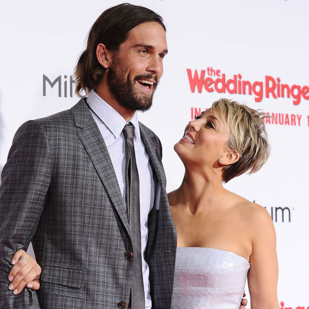 Kaley Cuoco and Husband Ryan Sweeting Divorcing - E! Online
