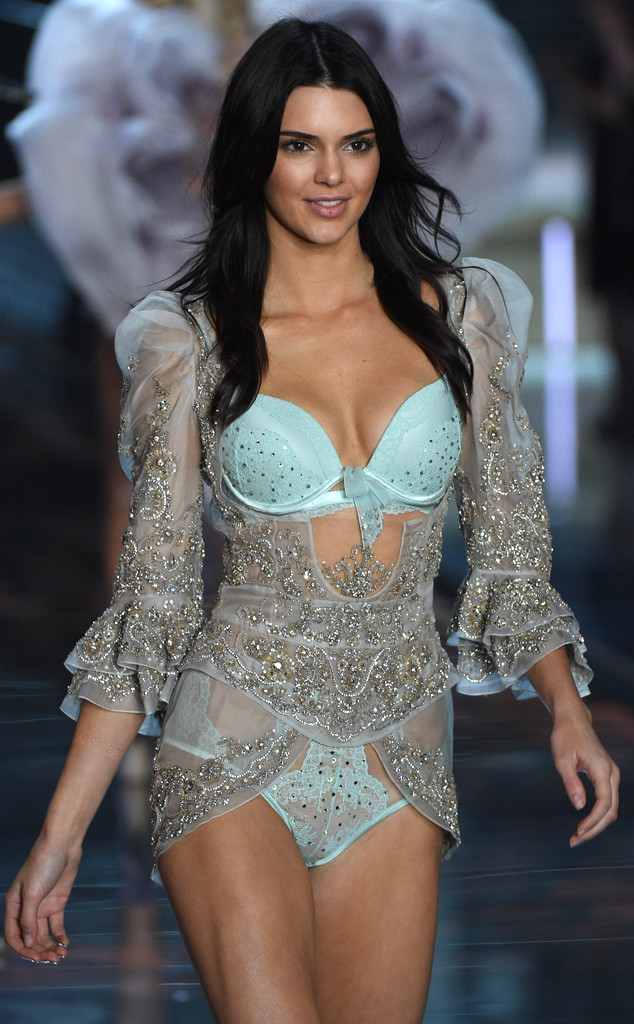 2015 Victoria's Secret Fashion Show: See Kendall Jenner ...