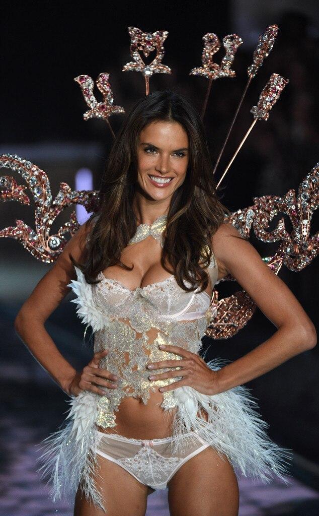 Victoria Secrets Fashion Show  Watch Online