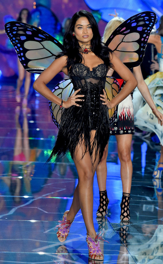 Shanina Shaik, Victoria's Secret Fashion Show Runway