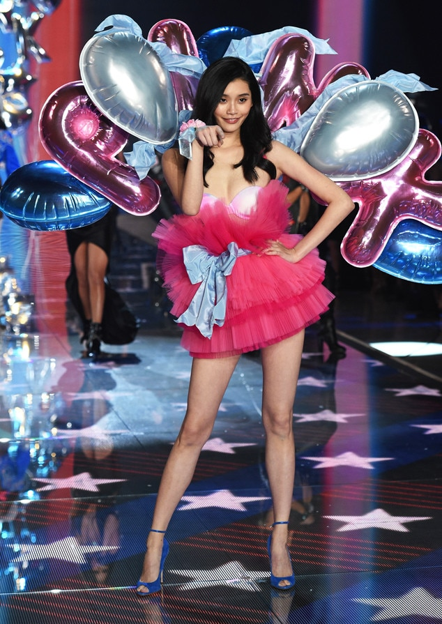 Ming Xi From 2015 Victoria S Secret Fashion Show E News