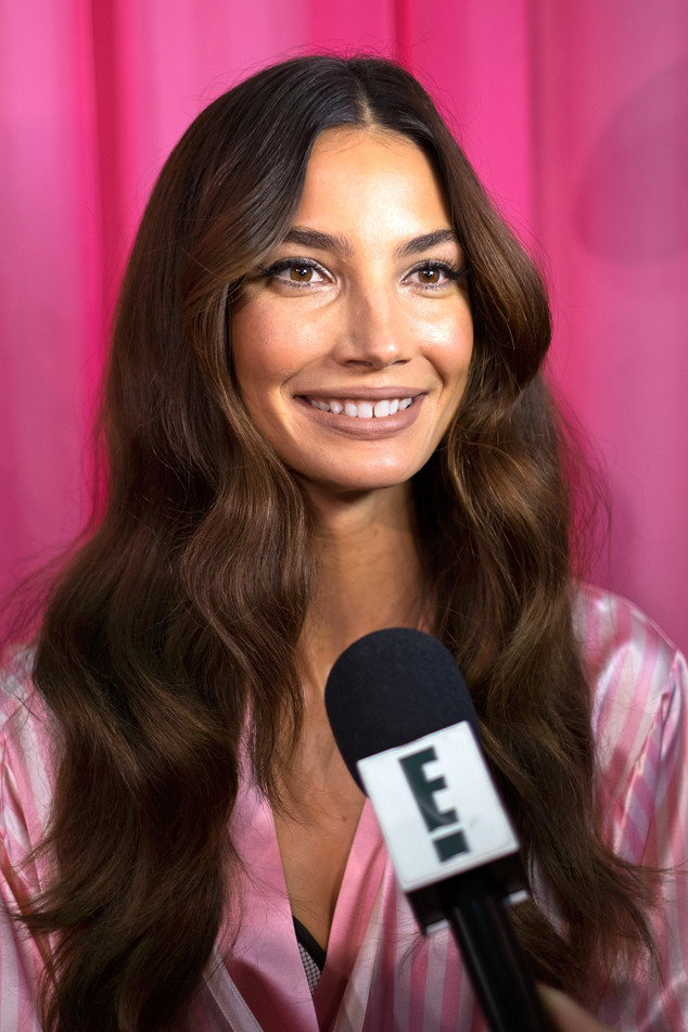 Lily Aldridge, Victoria's Secret Fashion Show, Backstage