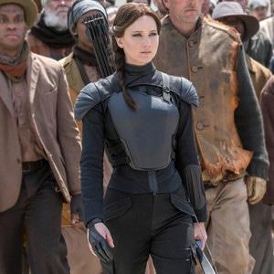 Jennifer Lawrence, Hunger Games Mockingjay, Costumes