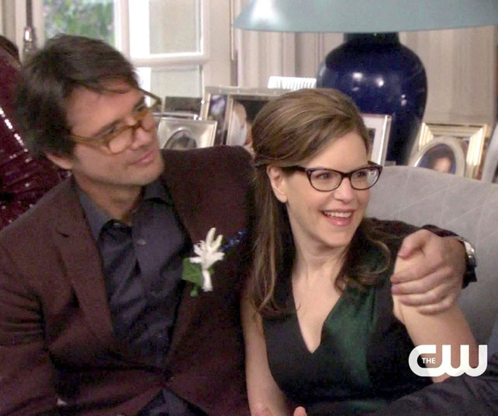 6fb9118d1192 13. Rufus and Lisa Loeb from We Ranked All the Gossip Girl Couples ...