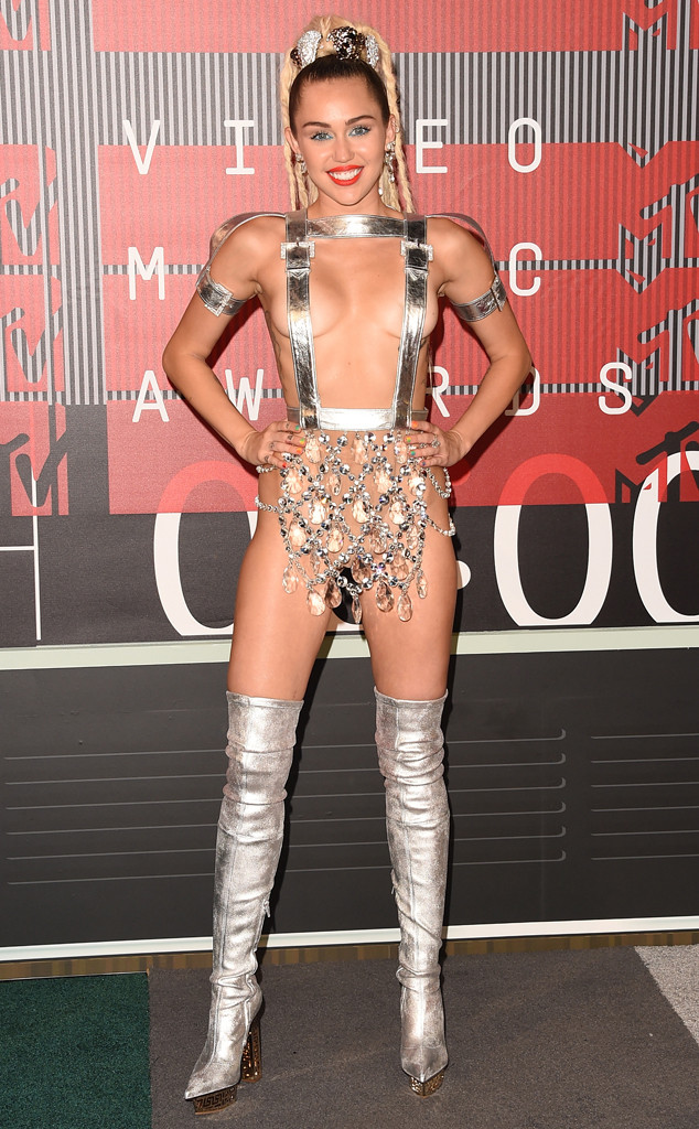 Miley Cyrus, 2015 MTV Video Music Awards, VMA