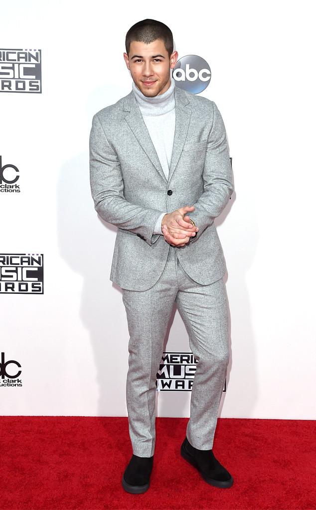 Nick Jonas, 2015 American Music Awards