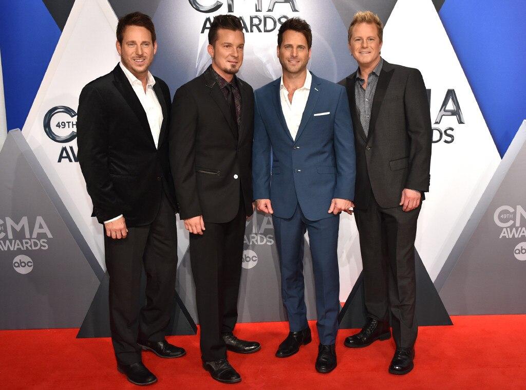 Scott Thomas, Josh McSwain, Matt Thomas, and Barry Knox, Parmalee, 2015 CMA Awards