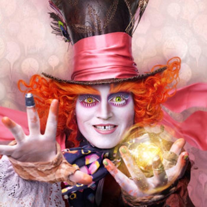 So Sieht Es Aus Wenn Johnny Depp Sich In Disneyland Als Verrückter