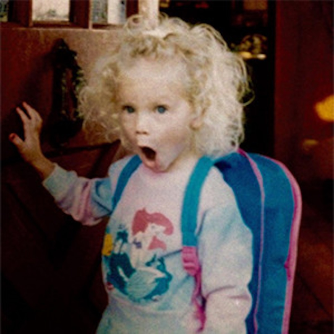 Taylor Swift Birthday Girl Posts Childhood Pic Reveals Surprise E Online