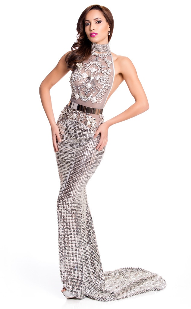 Miss Canada from 2015 Miss Universe Contestants in Evening Gowns | E ...
