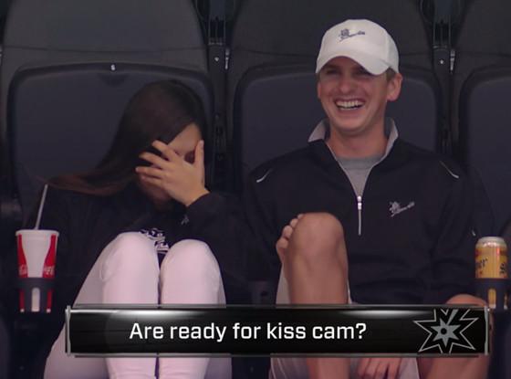 Spurs Awkward Kiss Cam, Twitter