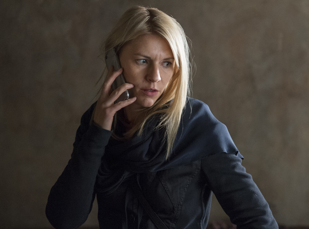 Miraculous Claire Danes Says Homeland Will End With Season 8 E News Home Interior And Landscaping Pimpapssignezvosmurscom
