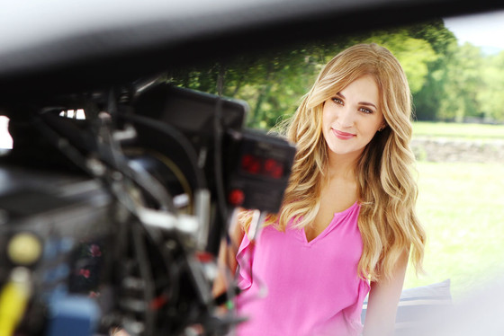 Carrie Underwood, Almay