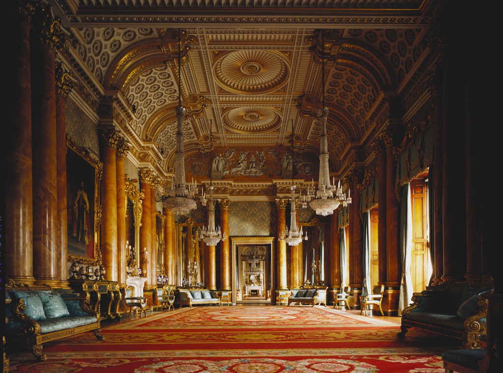 take a peek inside london 39 s buckingham palace see where the royals party and dine on the royals. Black Bedroom Furniture Sets. Home Design Ideas