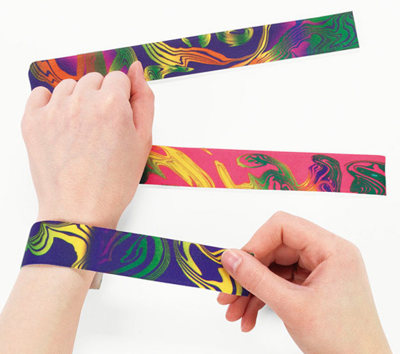 90's Trends, Slap Bracelets
