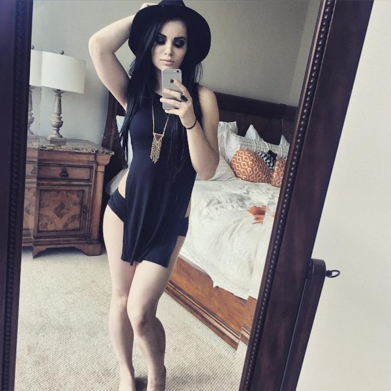 Paige wwe hot