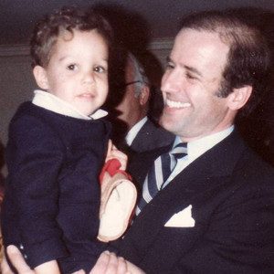 You Have to See This Adorable Pic of a Baby Pete Wentz Meeting Joe Biden!