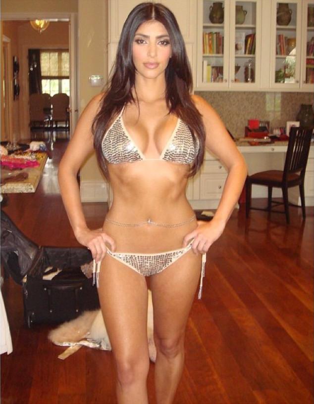 Sexy young girl non nude