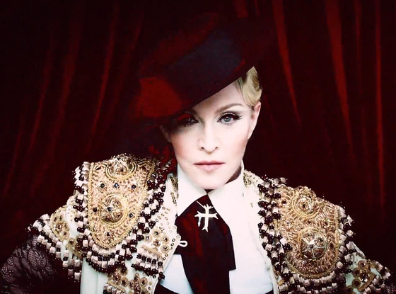 Madonna, Living For Love