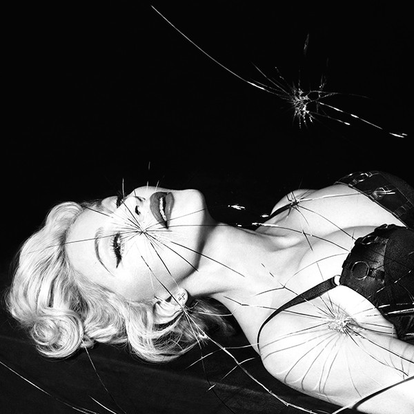 Madonna, OUT