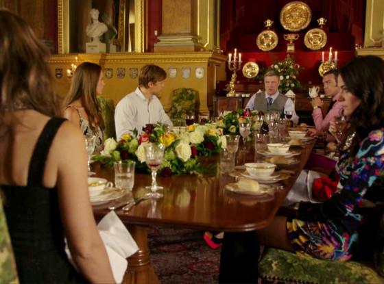 The Royals, King Simon Announcement