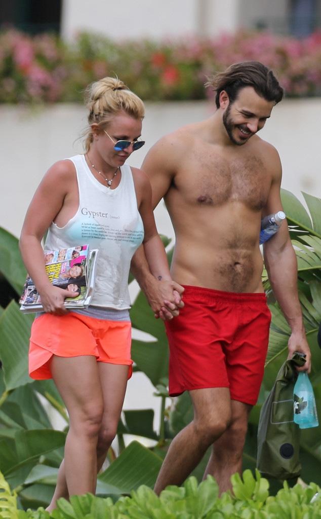 Wow! Britney Flaunts Hot Bikini Body in PDA Pics With Charlie Ebersol - E!  Online - UK