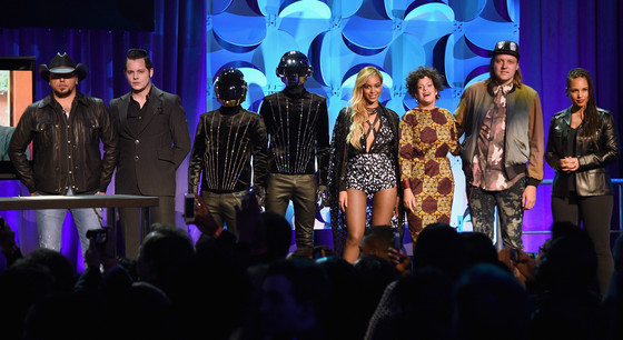 Jason Aldean, Jack White, Daft Punk, Beyonce, Regine Chassagne, Win Butler, and Alicia Keys, Tidal Launch