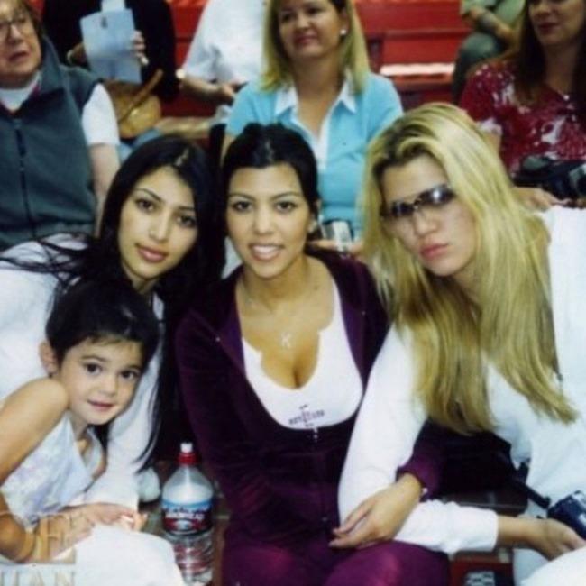 Khloe Kardashian, Kim Kardashian, Kourtney Kardashian, Kendall Jenner, Instagram, Throwback