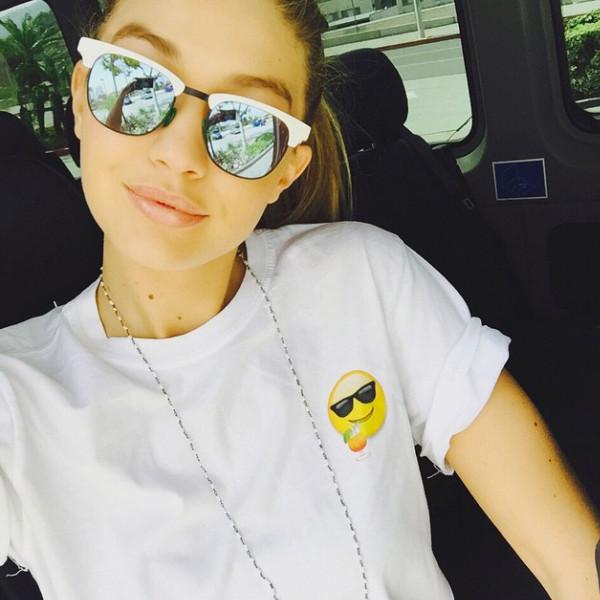 Gigi Hadid, Coachella, Instagram