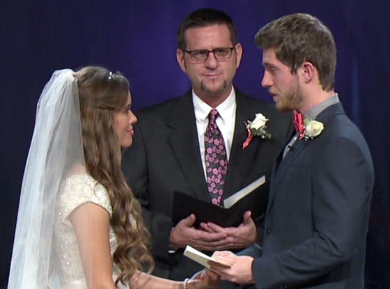 Jessa duggar and ben seewald reveal their unique wedding vows we jessa duggar ben seewald freerunsca Image collections