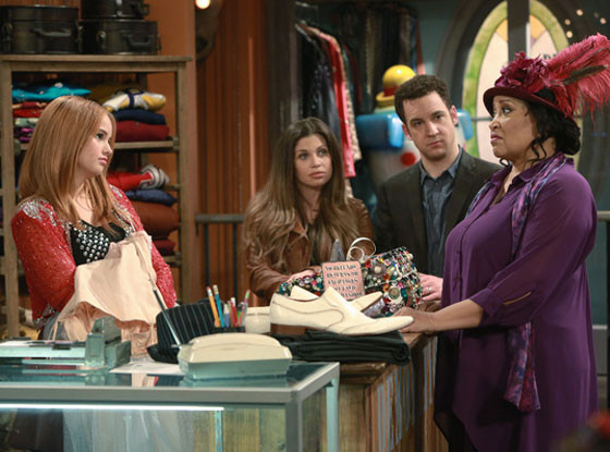Is Ben Savage the New Justin Timberlake?! Debby Ryan Thinks So in This Girl Meets World Sneak Peek