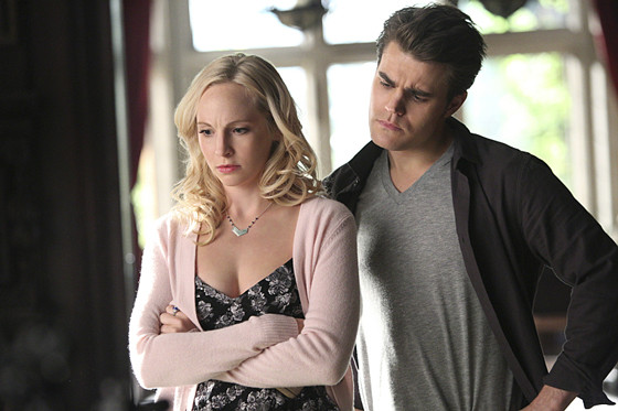 Here S How Vampire Diaries Is Handling Candice King S Pregnancy E Online Au