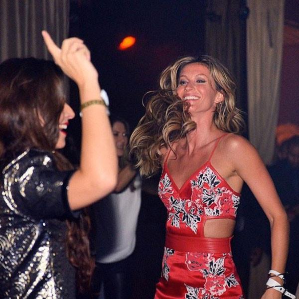Gisele Bundchen, Dancing