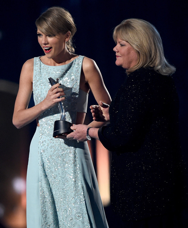 Taylor Swift, Mom, Academy of Country Music Awards