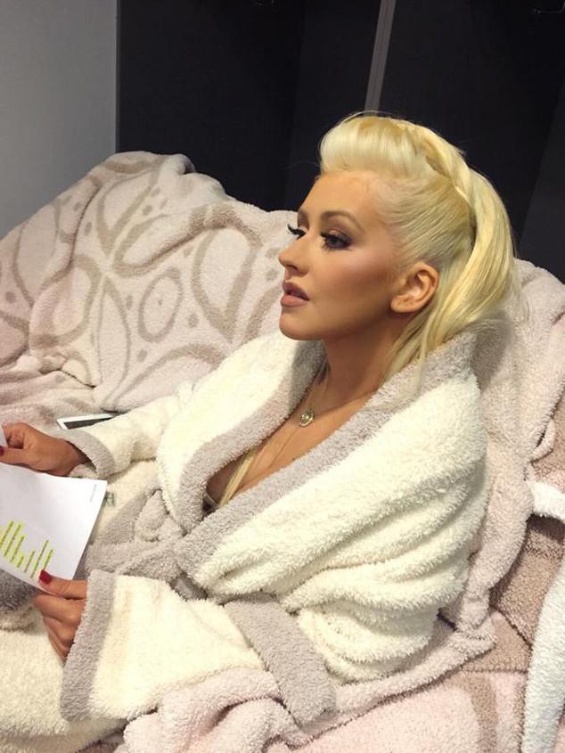 Christina Aguilera, Twittter