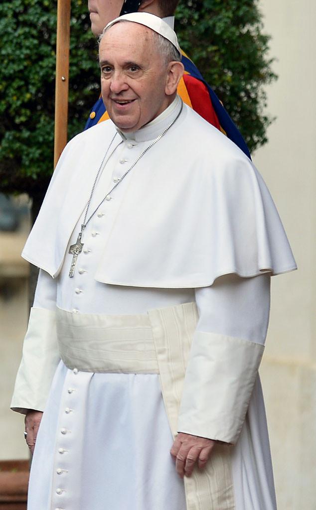 Papa Francisco precisa fazer dieta após exibir quilos a mais