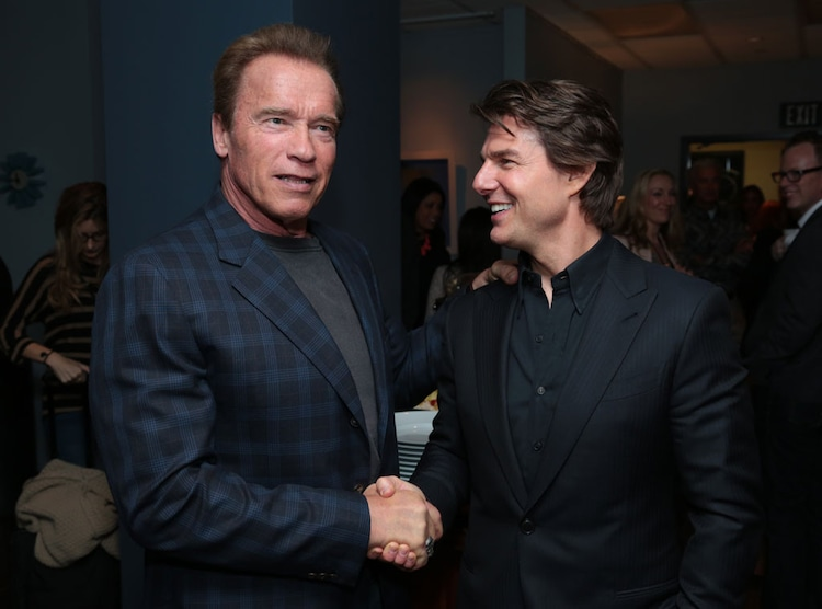 ¿Cuánto mide Tom Cruise? - Altura - Real height - Página 2 Rs_1024x759-150421161148-1024-Tom-Cruise-Arnold-Schwarzenegger.jw.42115