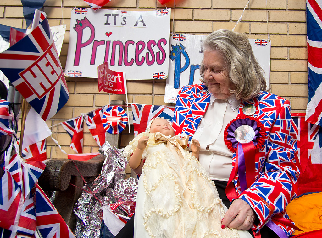 Royal Baby Fans