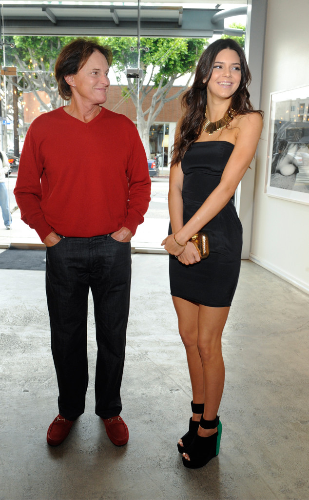Bruce Jenners Daughter Kendall Jenner Revisits 5th Grade Tribute To