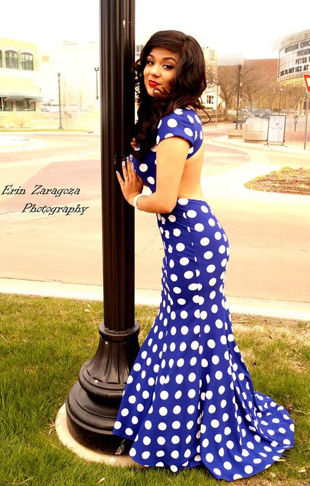 Mireya Bricenoo, Prom Dress