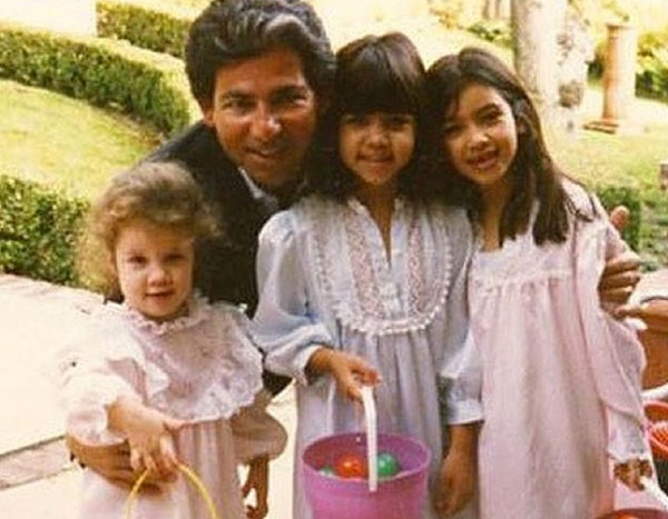 Khloe Learns Her Dad ''Timed'' His Death So Family Wouldn ...