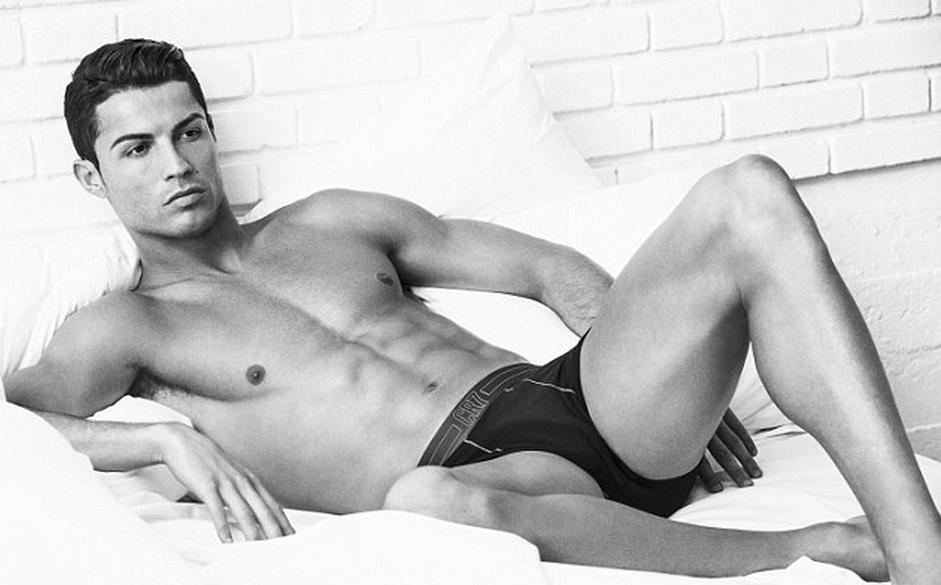 Cristiano Ronaldo nova linha cuecas CR7